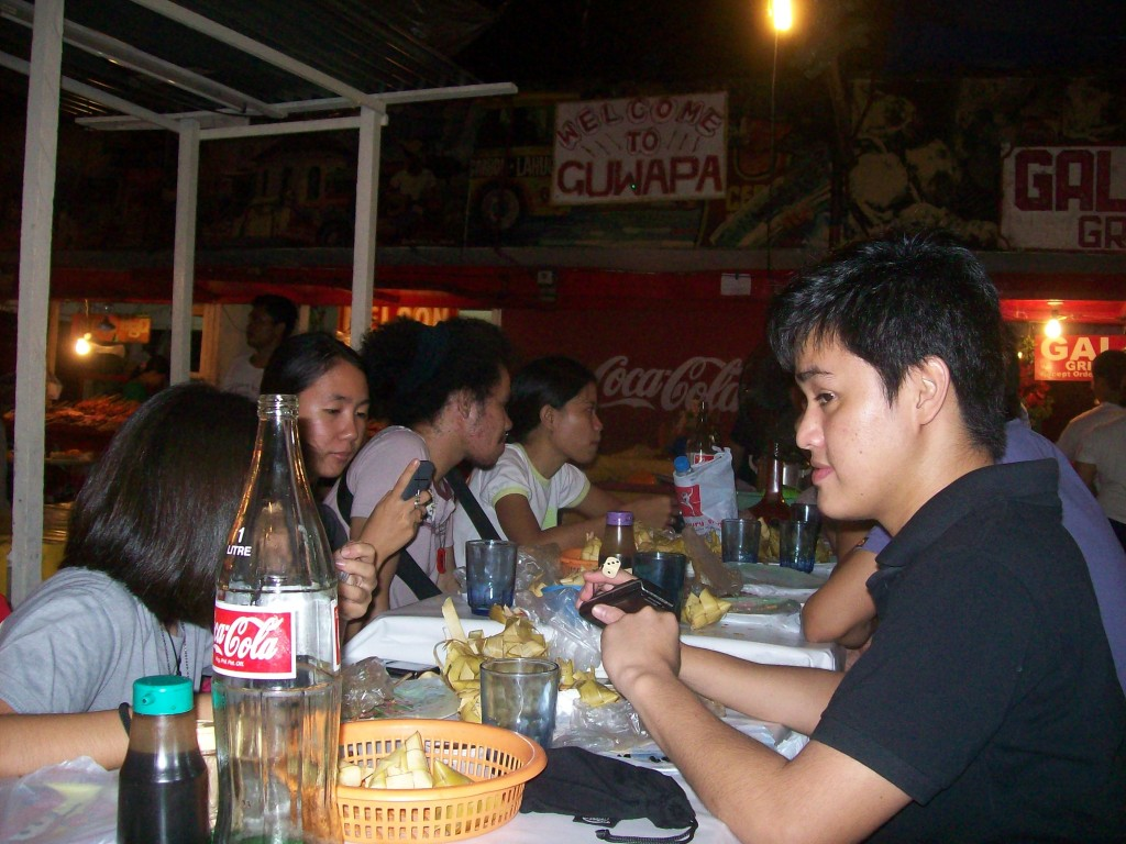 Young Cebu Bloggers at Larsian's