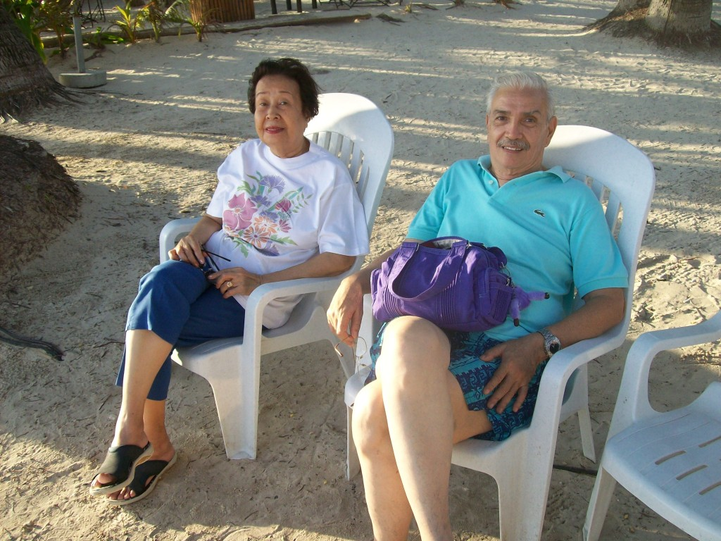 Paquita and Peping in Boracay for the first time