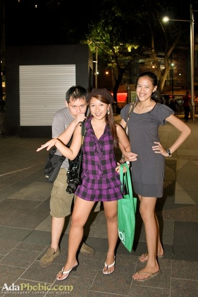 Jehz, Hannah and Mica at Orchard Road (What were we doing at this pic? So gay LOL)