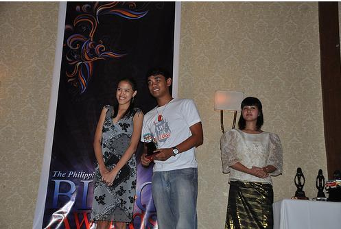 Me with Mark of Cebu Bloggers Society for the Bloggers' Choice (Visayas) award