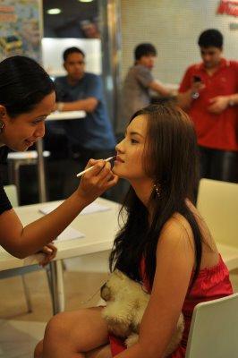 Make-up artist Em-em Rosales works on Jade's pretty face :D