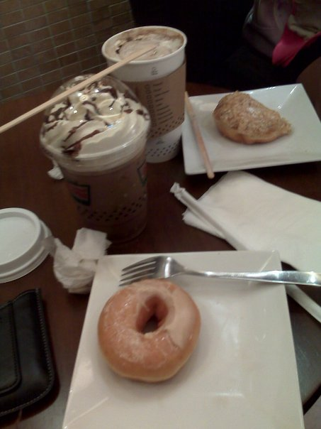 Free Mocha and Donuts from KK SM Megamall :D