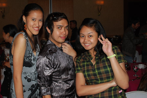 With our sweet ex-bf named X in the middle :P