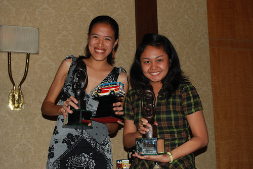 Mica and Ada awarded as the Best Single Ladies :P