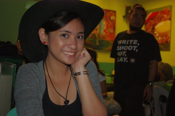 Cai Abbass, the lead actress of Kuya Bunso playing with Diwa's signature hat :D