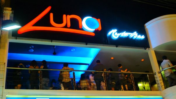 Luna Bar and Resto - The Newest Gimik Place in Greenhills!