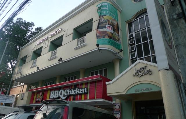 Jupiter Suites - Bugget Hotel in Makati