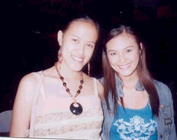 Mica and Jade in Baguio (March 2005)
