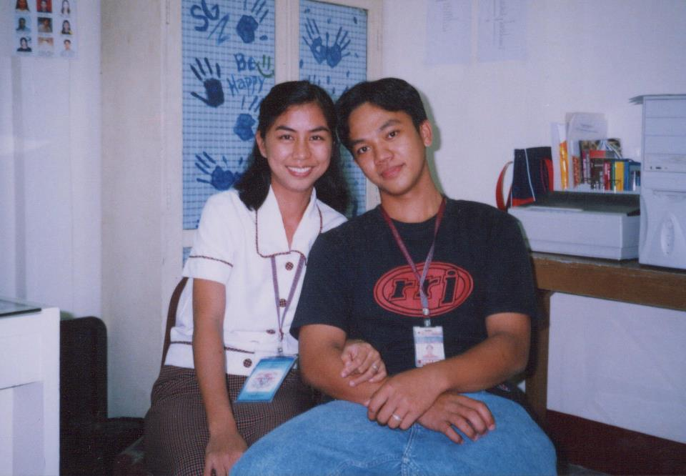The ideal couple back in college (2005)